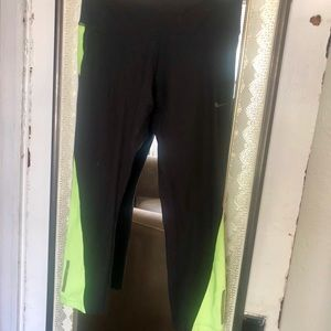Nike athletic leggings crops